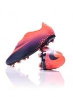 Nike foci - NIKE HYPERVENOM PHELON II FG